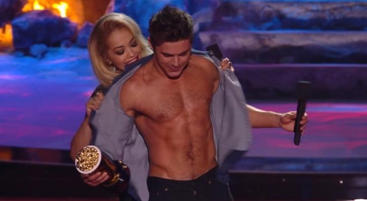 MTV-Movie-Awards-2014-Rita-Ora-Rips-Off-Zac-Efron-s-Shirt-Video